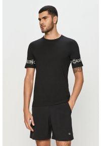 Czarny t-shirt Calvin Klein Performance casualowy, na co dzień
