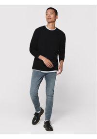Czarny sweter klasyczny Only & Sons z motywem zwierzęcym
