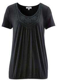 Czarna bluzka bonprix w koronkowe wzory, z krótkim rękawem, krótka
