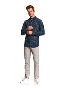 TOP SECRET - Koszula dopasowana we wzór. Kolor: niebieski. Materiał: tkanina. Długość rękawa: długi rękaw. Długość: długie. Sezon: wiosna. Styl: elegancki