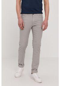 Trussardi Jeans - Trussardi - Spodnie. Okazja: na co dzień. Kolor: beżowy. Materiał: tkanina. Styl: casual