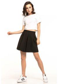 Czarna spódnica rozkloszowana Tessita krótka