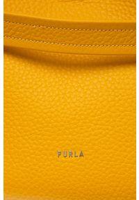 Żółta shopperka Furla na ramię, skórzana