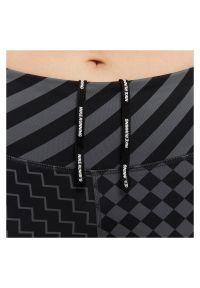Legginsy damskie Nike Epic Lux CJ1913. Stan: podwyższony. Materiał: tkanina, materiał, poliester. Technologia: Dri-Fit (Nike). Wzór: nadruk. Sport: bieganie