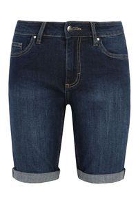 Niebieskie szorty TOP SECRET w kolorowe wzory, casualowe