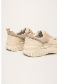 Kremowe buty sportowe vagabond z cholewką, na sznurówki