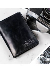 ALWAYS WILD - Portfel męski czarny Always Wild N4-VTK-BOX-4473 BLAC. Kolor: czarny. Materiał: skóra