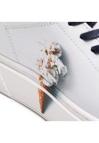 Białe półbuty Cycleur De Luxe na płaskiej podeszwie, z cholewką