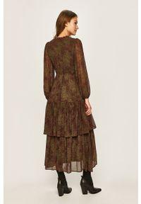 Zielona sukienka Vero Moda maxi, z długim rękawem, prosta, casualowa