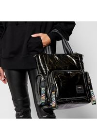 Czarna torebka klasyczna Monnari na ramię