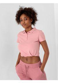 4f - Koszulka polo regular damska. Typ kołnierza: polo. Kolor: różowy. Materiał: bawełna, materiał