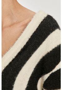 Biały sweter Answear Lab z długim rękawem, wakacyjny, długi