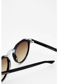 Hawkers - Okulary X NYJAH HUSTON DARKSLIDE. Kształt: okrągłe. Kolor: czarny