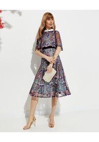 Szara sukienka retro, midi, z aplikacjami, na ślub cywilny