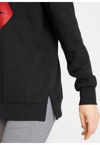 Czarna bluza bonprix długa, z nadrukiem