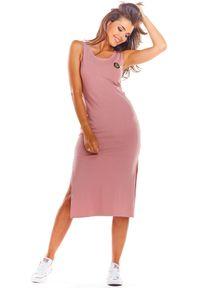 e-margeritka - Sukienka bawełniana na ramiączka różowa - s. Okazja: na co dzień. Kolor: różowy. Materiał: bawełna. Długość rękawa: na ramiączkach. Sezon: lato. Typ sukienki: dopasowane. Styl: wakacyjny, casual. Długość: midi