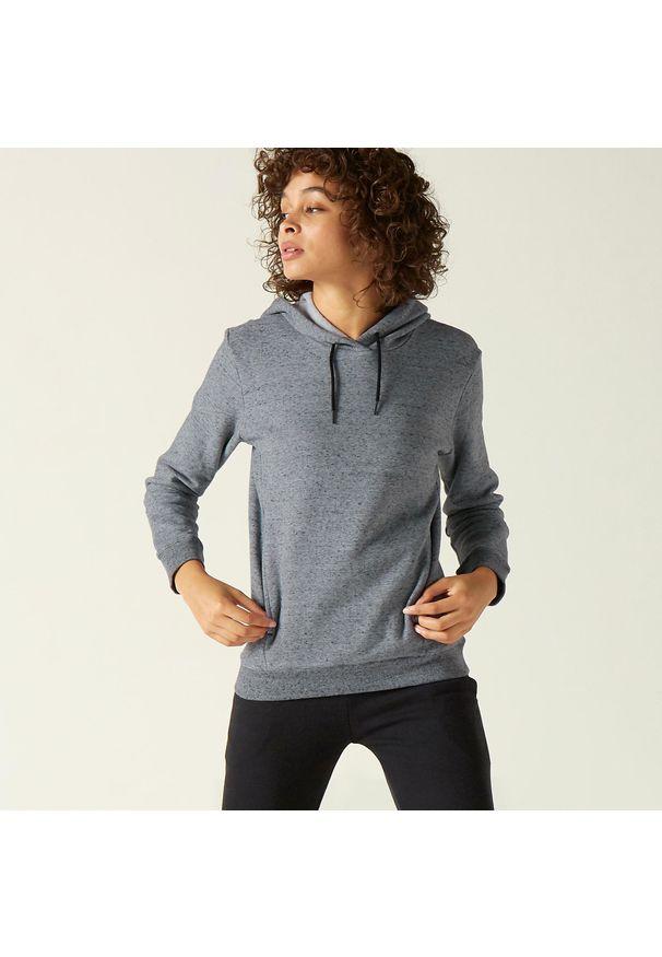 DOMYOS - Bluza z kapturem fitness. Typ kołnierza: kaptur. Kolor: szary. Materiał: dzianina, materiał, bawełna, tkanina, włókno. Wzór: ze splotem. Sport: fitness