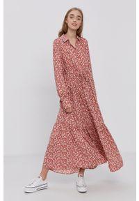 Y.A.S - Sukienka. Kolor: różowy. Materiał: tkanina, wiskoza, materiał. Długość rękawa: długi rękaw. Typ sukienki: rozkloszowane