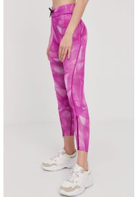 Różowe legginsy Nike