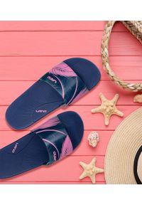 LANO - Klapki damskie basenowe Lano KL-3-2269-1 Granatowe. Okazja: na plażę. Kolor: niebieski. Materiał: guma. Obcas: na obcasie. Wysokość obcasa: niski