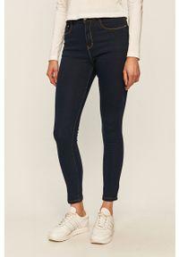 Niebieskie jeansy Brave Soul z podwyższonym stanem, w kolorowe wzory