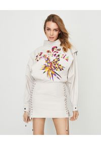 ISABEL MARANT - Beżowa sukienka Givens. Okazja: na co dzień. Kolor: beżowy. Materiał: zamsz, materiał. Wzór: napisy, haft, aplikacja, kolorowy. Typ sukienki: dopasowane. Styl: casual. Długość: mini