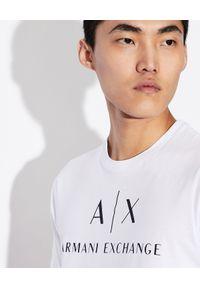 Armani Exchange - ARMANI EXCHANGE - Bawełniany T-shirt z nadrukiem. Okazja: na co dzień. Kolor: biały. Materiał: bawełna. Wzór: nadruk. Styl: klasyczny, casual