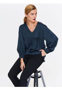 Niebieska bluzka TOP SECRET z długim rękawem, w kolorowe wzory