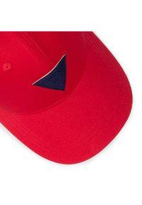 Czerwona czapka z daszkiem Guess