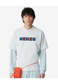Kenzo - KENZO - Luźna koszulka Sport. Kolor: szary. Materiał: bawełna. Wzór: nadruk, aplikacja, kolorowy. Styl: sportowy