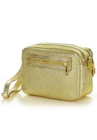 Złota Torebka Listonoszka Skórzana Messenger Bag - MARCO MAZZINI. Kolor: złoty. Materiał: skórzane