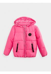 Różowa kurtka zimowa 4f z kapturem