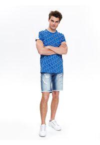 Niebieski t-shirt TOP SECRET na co dzień, z napisami