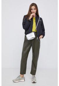 Calvin Klein Jeans - Torebka. Kolor: srebrny. Rodzaj torebki: na ramię