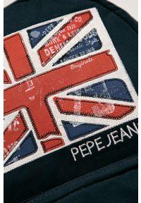Niebieski plecak Pepe Jeans z aplikacjami
