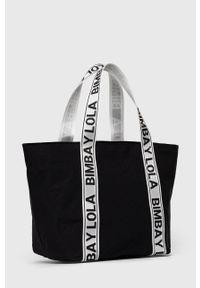 Bimba y Lola - BIMBA Y LOLA - Torebka. Kolor: czarny. Rodzaj torebki: na ramię