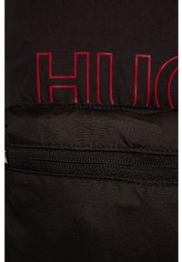 Czarny plecak Hugo z nadrukiem
