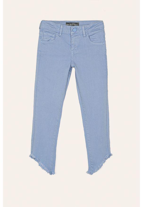 Niebieskie jeansy Guess Jeans w kolorowe wzory