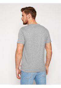 Levi's® T-Shirt Housemark Graphic Tee 22489-0298 Szary Regular Fit. Kolor: szary