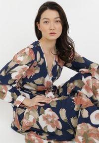 Born2be - Granatowa Sukienka Miranoe. Kolor: niebieski