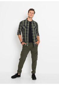 Koszula z długim rękawem, Slim Fit bonprix oliwkowo-czarny w kratę. Kolor: zielony. Długość rękawa: długi rękaw. Długość: długie