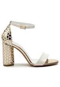 Białe sandały Maccioni eleganckie