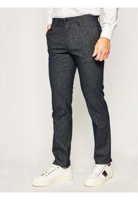 TOMMY HILFIGER - Tommy Hilfiger Spodnie materiałowe Denton MW0MW11774 Szary Regular Fit. Kolor: szary. Materiał: materiał