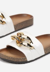 Born2be - Białe Klapki Nixishia. Nosek buta: okrągły. Kolor: biały. Materiał: guma. Styl: klasyczny