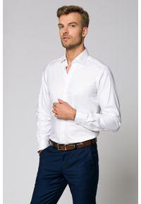 Biała koszula Lancerto w kolorowe wzory, z kontrastowym kołnierzykiem