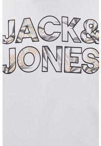 Jack & Jones - Bluza. Kolor: biały. Materiał: dzianina. Wzór: nadruk