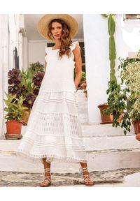 MOTIVE&MORE - Biała sukienka maxi Mykonos. Kolor: biały. Materiał: materiał. Długość rękawa: na ramiączkach. Wzór: kolorowy, haft, ażurowy. Sezon: lato. Długość: maxi