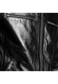 Wittchen - Męska kurtka ze skóry z pikowaniem na ramionach. Typ kołnierza: kołnierzyk stójkowy. Kolor: czarny. Materiał: skóra. Sezon: jesień, wiosna. Styl: klasyczny, elegancki