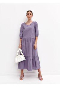 TOP SECRET - Długa sukienka z falbaną. Kolor: fioletowy. Materiał: bawełna, tkanina. Sezon: lato. Styl: wakacyjny. Długość: maxi