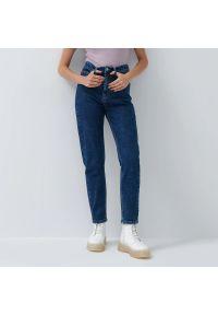 House - Slim mom jeans - Granatowy. Kolor: niebieski #1
